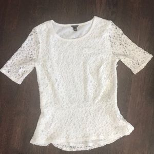 NWOT Ann Taylor Lace Peplum Short Sleeve Top